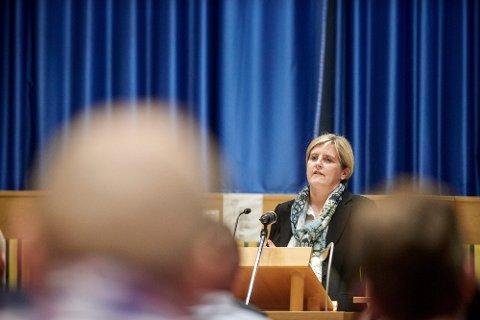 BEREDSKAP: Steinkjer-ordfører Anne Berit Lein (Sp) reagerer kraftig på det hun oppfatter som en nedbygging av ambulanseberedskapen i kommunen.