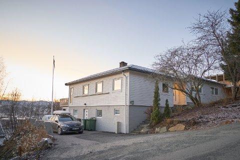 3.375.000: Berglivegen 5 på Nesset i Levanger er solgt for kr 3.375.000 fra Christine Jensen og Joachim Halseth Persgård til Lars Emil J Flakk og Lise Mette Sliper Kleiven.