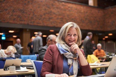 FINANS: Stortingsrepresentant May Britt Lagesen (Ap) er plassert i finanskomiteen.