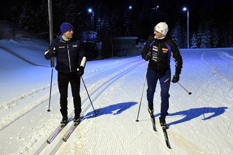 KREATIVT: I en begrenset sesong har Sivert Rannem (t.v.) og Kjetil Mollan i Inderøy IL gjort sitt for å finne løsninger i stedet for begrensninger. Til helgen blir det 60 meter supersprint under KM-sprinten.