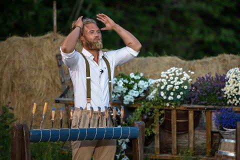 """Lettet: Verdalingen Lasse Matberg kunne strekke hendene i været og juble over seier i """"Farmen kjendis"""" på TV2."""