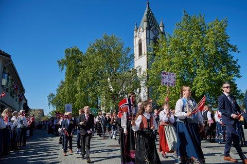 ANNERLEDES FEIRING: Vi må nok vente ett år til før vi kan feire 17. mai på samme måte som vi gjorde i Levanger i 2019
