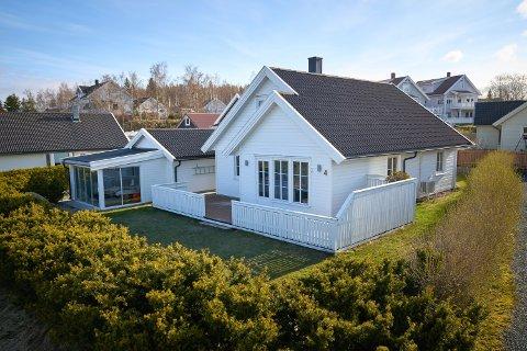 3.390.000: Tyttebærvegen 4 på Høgberget i Levanger er solgt for kr 3.390.000 fra Øystein Teigseth Morken til Cathrine Johansen.