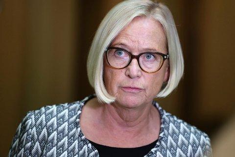 GRØNNSAKER: Parlamentarisk leder Marit Arnstad (Sp) krever handling i ekspressfart fra regjeringens side, som sørger for å få inn tilstrekkelig med utenlandsk arbeidskraft til grønnsaksbøndene på Frosta.