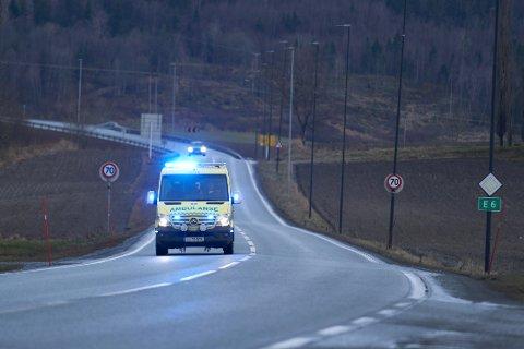 TRE OMKOMNE: Tre personer er drept i trafikken i Trøndelag hittil i år. I hele 2020 var det totalt 6 drepte i trafikken i Trøndelag. (illustrasjonsfoto)