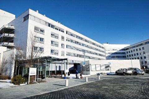 OVERBELEGG: Beleggsprosenten på sykehusene i Levanger og Namsos har vært svært høy ved flere avdelinger, og spesielt ved de kirurgiske avdelingene på Sykehuset Levanger – i perioder helt oppe i 130–140 prosent.
