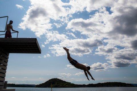 VARMT: Trøndelag er varmest i landet. For andre dag på rad er det flere steder som noterer seg med over 30 varmegrader i fylket.