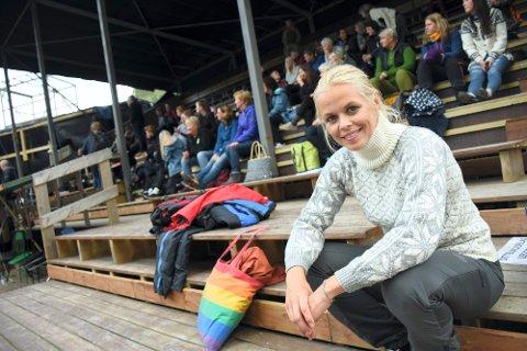 AKTUELL: Evy Kasseth Røsten er for tiden aktuell både i Sol av Isfolket og Eplene i Messehagen. Etter jul er hun med på Riksteatret sin turne med dramatiseringen av Monica Isakstuens nyeste roman, «Mine venner»