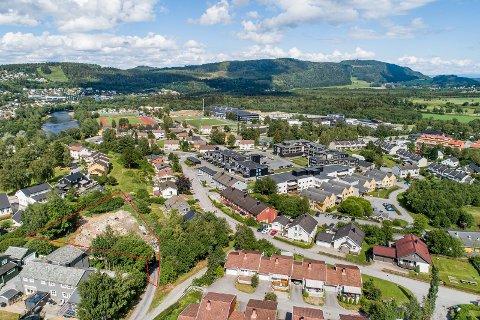 SOLGT: Tomta i Ragnhildvegen ble solgt for 5,5 millioner kroner.