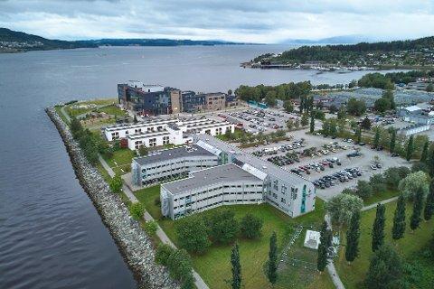 Fylkets hus i Steinkjer, som nå er solgt fra Trøndelag fylkeskommune til Steinkjer kommune for 100 millioner kroner.