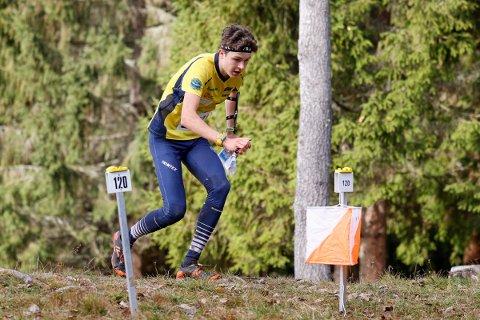 BEST: Frols Tobias Alstad (19) vant både sprinten fredag og mellomdistansen lørdag i norgescupen i orientering i Trondheim.
