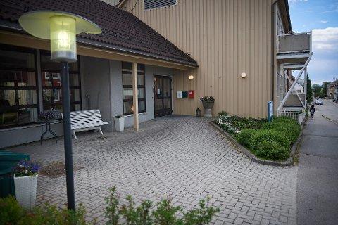 Steinkjer eldresenter.  Steinkjer.  Eldresenter.