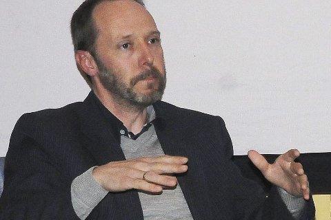 Forfatteren: Gaute Heivoll har brukt tittelen «Før jeg brenner ned» på romanen som nå er blitt filmatisert.