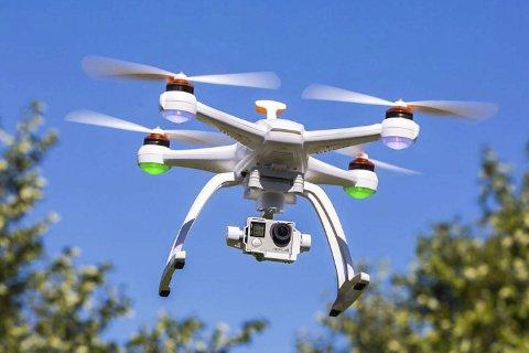 Stjal droner: Tvedestrandsmannen stjal droner til en verdi av 70.000 kroner sammen med tre andre innbruddstyver. Nå venter et fengselsopphold på mannen, som er i 30-årene.Illustrasjonsfoto