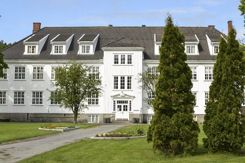 Jordeier: Skolen kan få kjøpe 9,5 dekar av Tvedestrand kommune.