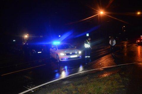 Tre rulleskiløpere ble torsdag kveld meid ned av en sølvgrå bil. Nå er sjåføren, en lokal mann i 30-årene, pågrepet.