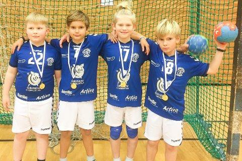 De 4 guttene var venstre mot høyre Andreas Meidel-Bergendal, Phillip Bugge, Leander Sonesen Güttrup og William Bugge. Lagleder var Sam Bugge (ikke på bilde)