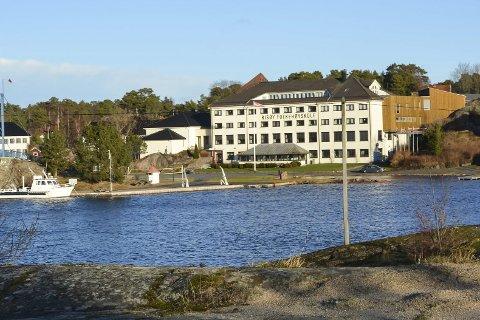 Forvaltning: Risøy Folkehøyskole synes det er gledelig at Tvedestrand kommune ønsker å videreføre samarbeidet med Flødevigen om aktiv forvaltning av nære havområder.