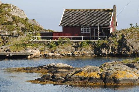 Solgt til privatperson: Rasmus Os kjøpte Seilerhytta i januar i år for 4,8 millioner kroner. Ifølge Kjell Sjursen i mannskoret er hans må å lage en turistperle for allmennheten. arkivfoto