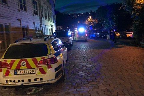 Politiet hadde nok å gjøre i helga. Men dette bildet av fra en annen anledning, og har ingenting med helgens hendelser å gjøre.