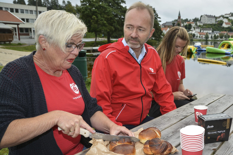 Bedre stemning: I august besøkte Trond Giske Tvedestrand i forbindelse med valgkampen.