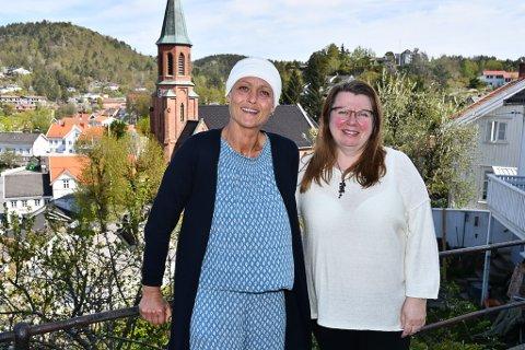 Renate Rømyr (til venstre) og leder i skolekorpset, Greta Hauge, håper på flere medlemmer.