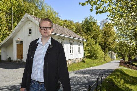 Styrevedtak: Yngve Monrad sier FrP vil gå inn for å endre skolestrukturen i Tvedestrand.