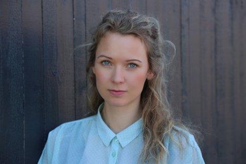 Ulrikke Bryn Wethal: Skal intervjue folk på Sandøya for å lære mer om hvordan folk håndterer strømbrudd, og om de er villige til å betale mer for å unngå det.
