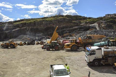 Brannvesenet har ikke stoppet noe anleggsarbeid som følge av den ekstreme brannfaren. Bildet er fra det E18-anlegget på Grenstøl.