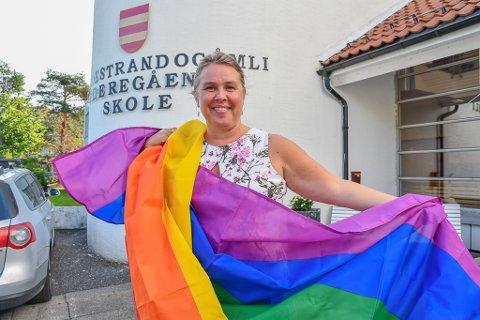 Romslig: Rektor Line Marie Poppe vil heise regnbueflagget under Skeive sørlandsdager. Foto: Mette Urdahl
