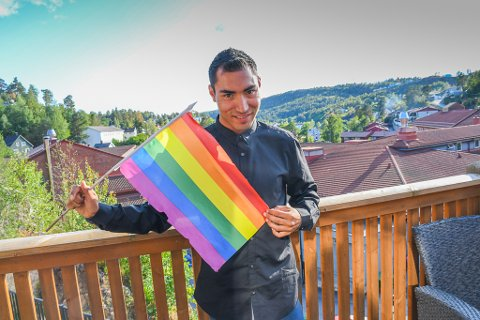 Som ung homofil hadde Sondre Esteban Løkenberg  tøffe dager på ungdomsskolen.