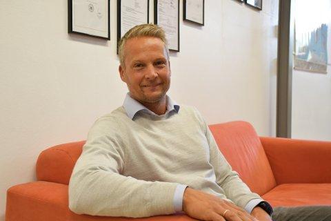 Daglig leder Henrik Sollie i Pipeotech har grunn til å smile. Den revolusjonerende pakningen selskapet har utviklet, er i ferd med å innta verdensmarkedet.