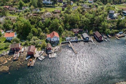 Basthaven: Den populære sjømatsrestauranten Basthaven på Sandøya var også privatbolig for driverne Trine Jenssen og Jan Helstrand. I sommer ble eiendommen solgt.