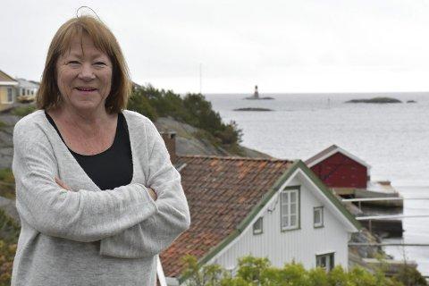 Møkkalasset neste: På denne pletten på Sørlandet har Annette Groth hatt mye av oppveksten sin, ungdommen sin og nå også voksenlivet sitt. Hytta i Kilsund er et fristed som hun bruker flittig. Foto: Siri Fossing