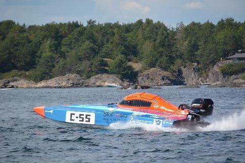 Erik Sundblad Johansen og Robert Aunvik i sin C55 under onsdagens løp.