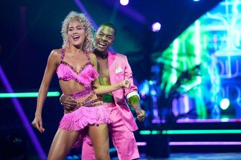 Helene Spilling har røttene sine i Holmesund. I kveld vant hun og dansepartneren Nate Kahungu hjerten til både fagdommere og publikum.
