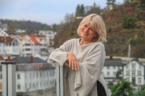 Med hjerte for Tvedestrand: Martha M. Hansen prøver stadig og roe ned engasjementet for byen sin, men det er ikke alltid like enkelt.
