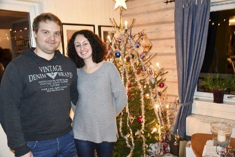 Sammen for første gang på julaften: Samboerparet Robert Hanssen og Evdokia Demetriou skal feire jul sammen på Vegårshei. Foto: Anne Kristine Dehli