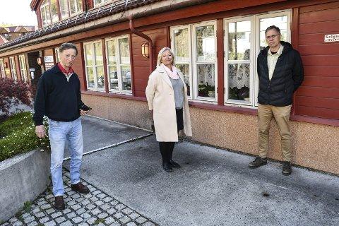 Korona-tiltak: Kommuneoverlege Trygve Aanjesen, enhetsleder Liv Siljan og kommuneoverlege Hans Tomter har fokus på pasientenes sikkerhet.