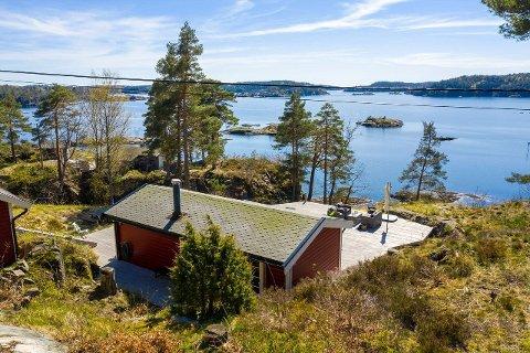 Populært objekt: Det ble travle dager for eiendomsmegler Maia da denne hytta skulle selges.