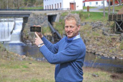 Knut Aall:  Har fått forlenget byggefristen for Hammerfossen Kraftverk, som skal bygges her. Bildet er tatt ved en annen anledning. Foto: Marianne Stene/Arkiv
