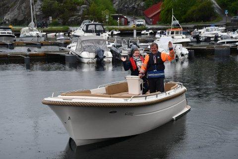 Far og datter, Ida og Ole Salomonsen, presenterte i 2019 den første elbåten til Green Waves, 601. I år kom deres neste e-båt-tilskudd, skjærgårdsjeepen 630X. Nå kan familiebedriften vinne gjev industripris.