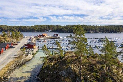 Hagefjordbrygga: I dette området skal Tvedestrand Vekst utvikle et nytt hyttefelt, samt utvide bryggeanlegget og en parkeringsplass.