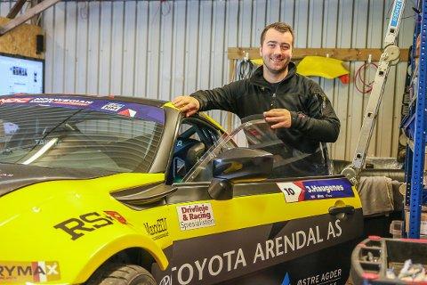Joachim Haugenes håper det går med ham som bilens tidligere eier, verdensmester i drifting Fredric Aasbø. For ambisjonene er det ikke noe i veien med for denne karen. Første konkurranse ut er Norwegian Drift Championship.