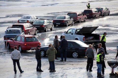 Dropper alt.: Det blir verken  isbanekjøring eller andre billøp, i regi av Scott og co denne vinteren.