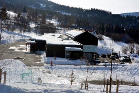 En av to: Lidar skule er en av to Valdres-skoler, begge i Øystre Slidre, som skal få påfyll på skolebiblioteket..