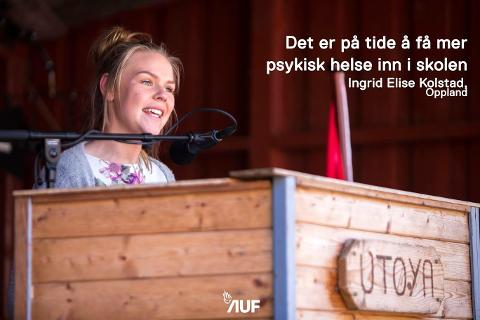 På talerstolen: Ingrid Elise Klosbøle Kolstad (16) fra Sørskogen i Nord-Aurdal er organisatorisk nestleder i AUF i Oppland. Fredag var hun en av åtte utvalgte som fikk tale til Arbeiderparti-leder Jonas Gahr Støre etter hans tale til AUF-erne i «Bakken» på AUF-leiren på Utøya.