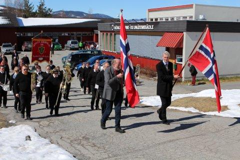 1. maitoget går fra Hedalen barne- og ungdomsskole.