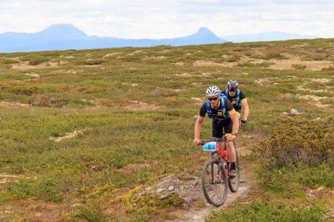 Godt gjennomført: Frank Wøien Mo (f.v.) og Steinar Trøen syklet 150 kilometer under Offroad Valdres for å samle inn penger til MS-forskning.