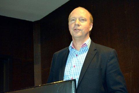 Kjetil Kjenseth er bekymret over nedbyggingen av helsetilbudene i Oppland.